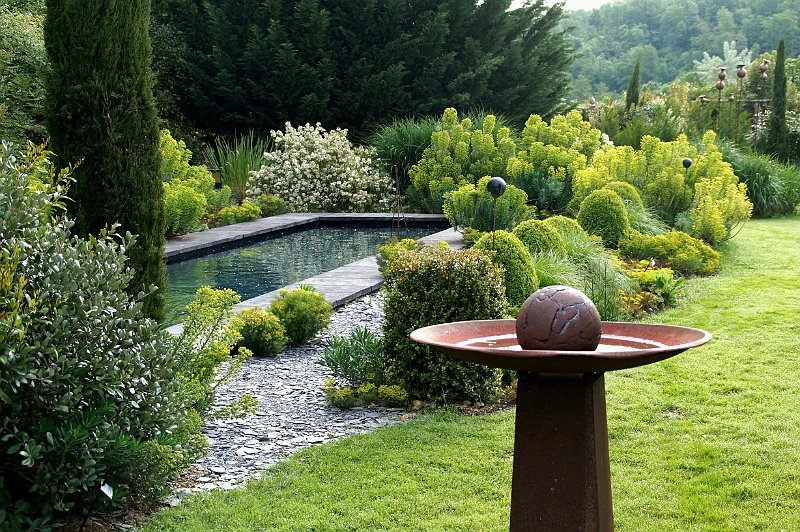 jardin contemporain etdes euphorbes